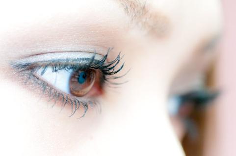 目は心の窓・顔は魂の姿。
